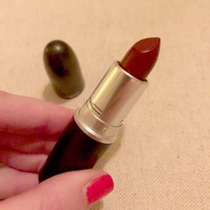 MAC Diva Lipstick